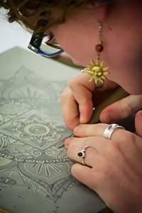 Anna Hansen carving linoleum block